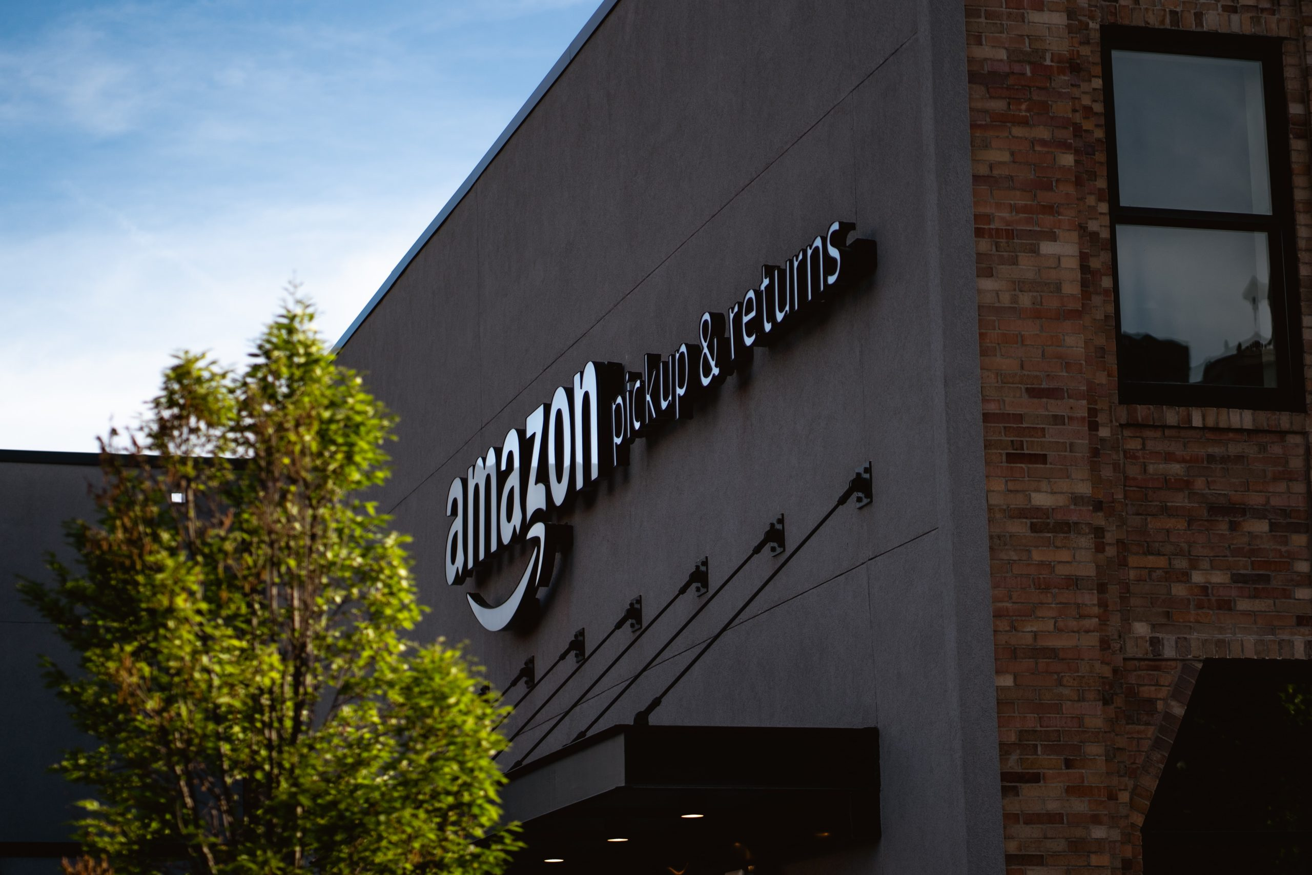 Amazon shipping and returns center